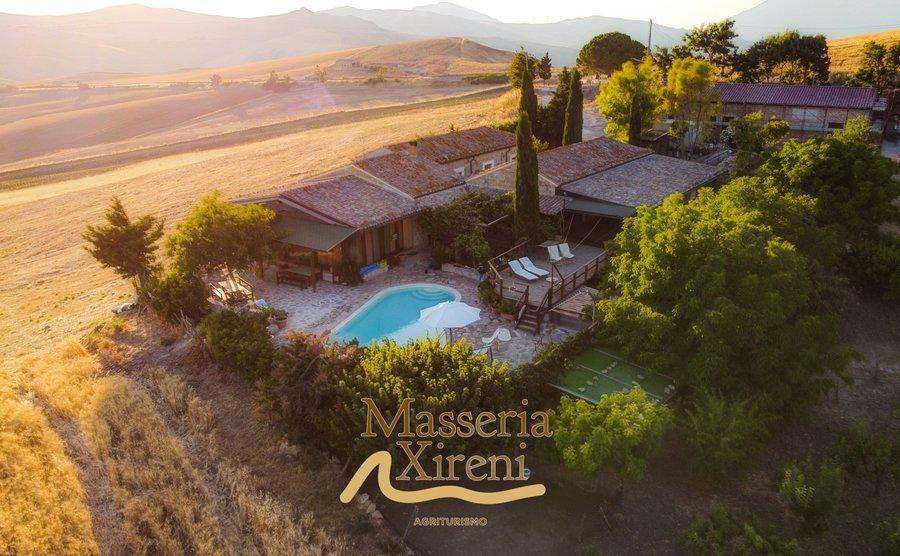 Agriturismo masseria xireni a castellana sicula palermo - Agriturismo con piscina basilicata ...