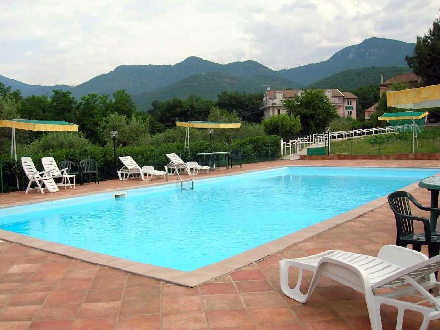Agriturismo colleverde a pontelatone caserta campania - Agriturismo napoli con piscina ...