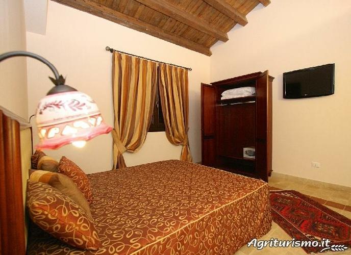 preise und unterk nfte bauernhof badiula bauernhof in carlentini syrakus. Black Bedroom Furniture Sets. Home Design Ideas