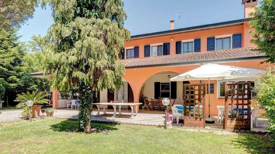 Agriturismo i portici a savignano sul rubicone forl cesena emilia romagna - Piscina seven savignano ...