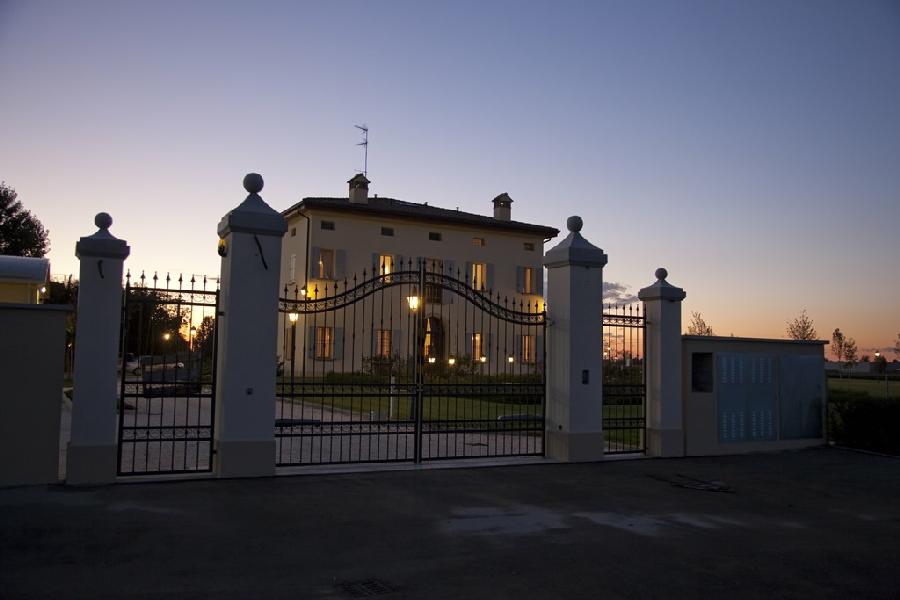 Agriturismo la budriola a castello d 39 argile bologna emilia romagna - Piscina a castello d argile ...