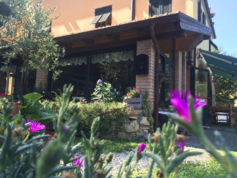 Agriturismo La Taverna del Nonno a Borzonasca (Genova) - Liguria