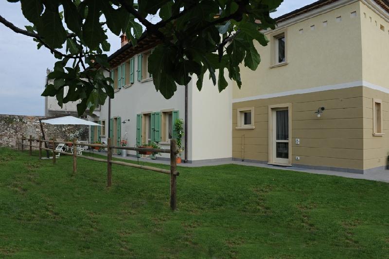 Letto A Castello Lombardia.Agriturismo Al Castello A Monzambano Mantova Lombardia