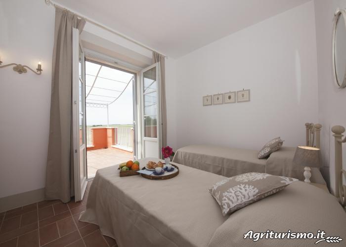 Agriturismo prices and accommodation piani della marina for Piani artigiani con suite in suocera