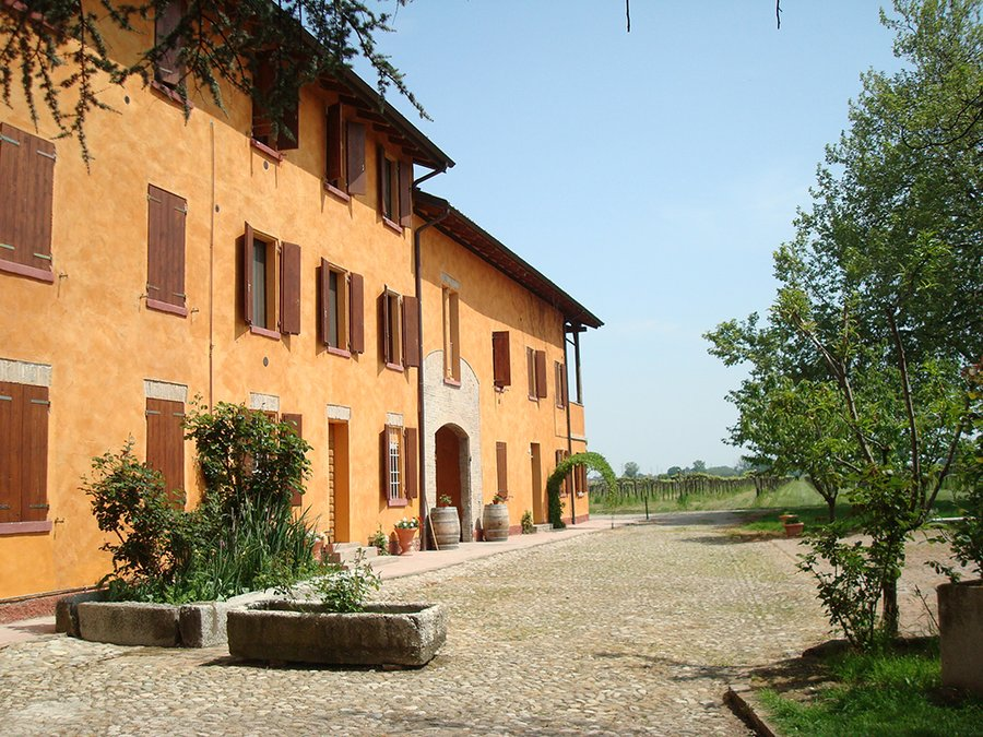 Agriturismo Villa Castellazzo a Reggio Emilia - Castellazzo (Reggio Emilia) - Emilia Romagna