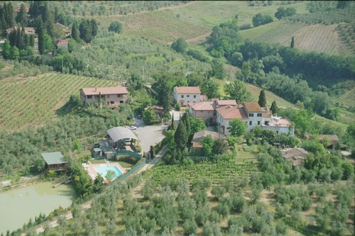 Accommodation Farmhouse among the Chianti Fiorentino hills