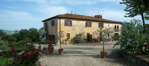 Accommodation In solitude on the Chianti hills