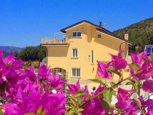 Elegant mansion surrounded by greenery and a short walk from the sea - Castelnuovo Cilento