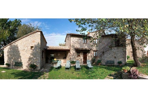 Farmhouse only 6 km away from Assisi - Assisi