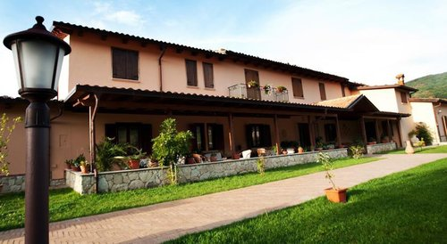 Accommodation Calabrian farmhouse between relax and good food