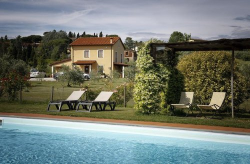 Elegant accommodation surrounded by green close to the city - Lucca