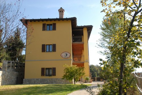 Accommodation Beautiful farmhouse in a peaceful and scenic locat
