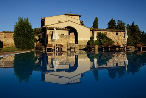 Accommodation Perfect fusion of relax, typical flavors, art and