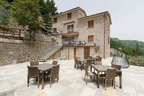 Apartments with common covered swimming pool and Wellness Area - Fabbriche di Vergemoli