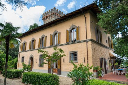 Small villas immersed in the Chianti hills near Florence - Greve in Chianti