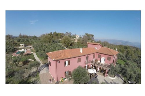 Luxury farmhouse in the heart of Campania - Caianello