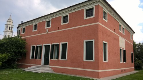 Accommodation Venetian mansion of the late sixteenth century