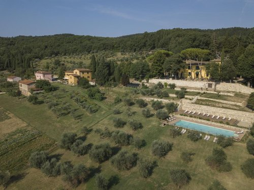An oasis of relaxation among the green Tuscan hills - Pontassieve