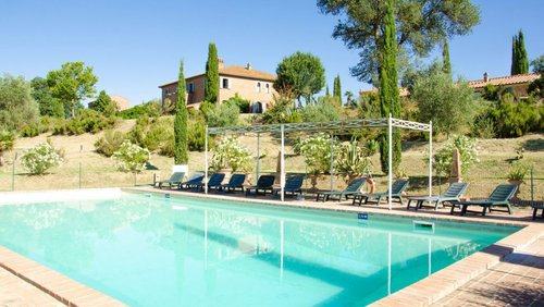 Accommodation Border Tuscany and Umbria on the shores of Lake Ch