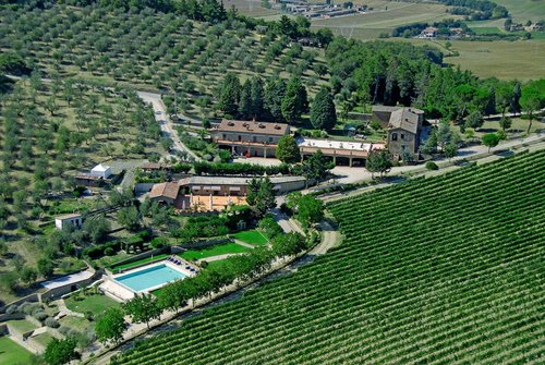 Accommodation Family-run farm among the Umbrian hills