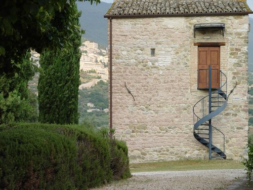 Delightful cluster of medieval buildings, 1 km from Assisi - Assisi