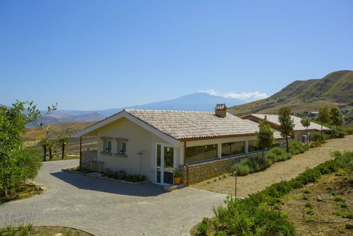 Panoramic beautiful Farm with swimming pool and restaurant - Regalbuto