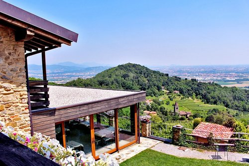 Farmhouse immersed in vineyards with panoramic views - Sotto il Monte Giovanni XXIII