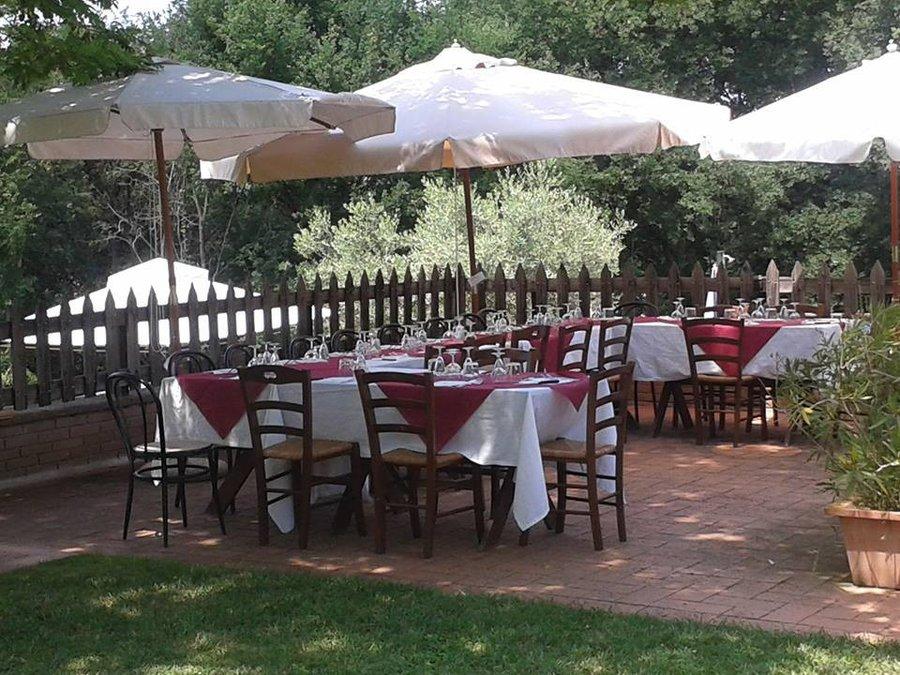 Agriturismo agriturismo in toscana con piscina e ristorante a barberino val d 39 elsa firenze - Agriturismo con piscina toscana ...