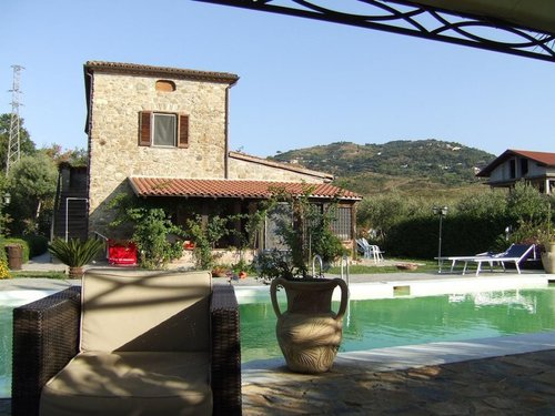 Stays between relaxation and culture in the Park of Cilento - Casal Velino