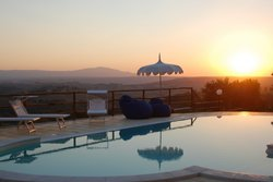 Elegant apartment in farmhouse with spa and infinity pool - Calvi dell'Umbria