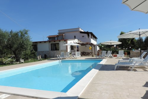 Farmhouse with pool 2 km from the beach - Vieste