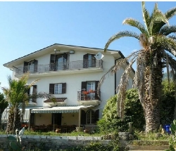 italyfarmstay in the Abruzzi National Park. Close to Rome - Pescosolido