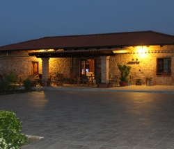 Farm House among the citrus groves, 5km from the beach - Limbadi