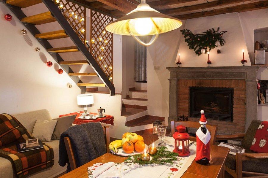 bauernhof landhaus im gr nen am eingang von florenz fiesole pian del mugnone florenz toskana. Black Bedroom Furniture Sets. Home Design Ideas