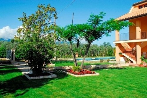 Self catering apartment with pool and garden - Filetto