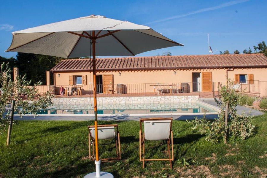 Agriturismo casale con piscina lungo la costa degli - Agriturismo con piscina basilicata ...