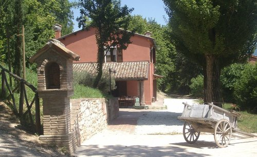 Farmhouse with pool and restaurant, secured relax - Fabriano
