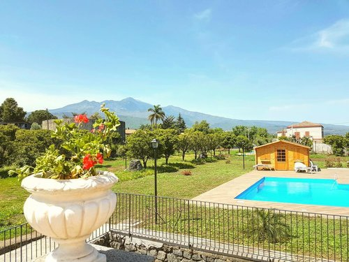 Farmhouse in a strategic position between Etna and the sea - Acireale