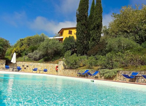 Farmhouse in Perugia with panoramic swimming pool overlooking Assisi - Perugia