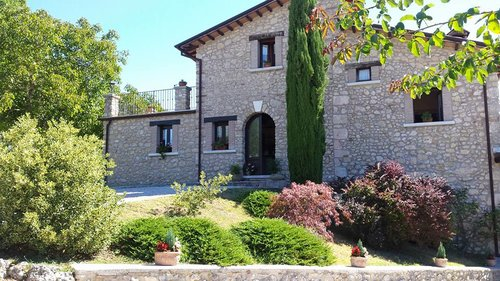 True farmhouse just a few kilometers from Rieti and from the Alta Sabina - Longone Sabino