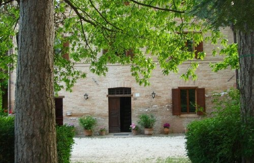 Ancient farmhouse nestled in the green for a relaxing holiday - Costacciaro