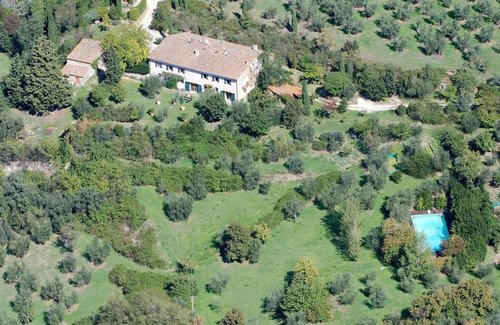Farm with pool Three elegant apartments - Fiesole