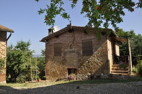 Rural cottage with beautiful views and swimming pool - Siena