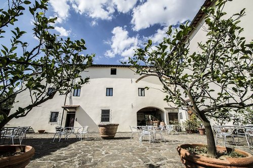 Farmhouse with swimming pool immersed in the Tuscan countryside - Barberino di Mugello