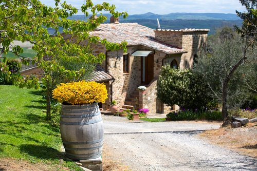 Beautiful farmhouse overlooking the Val d'Orcia - Montalcino