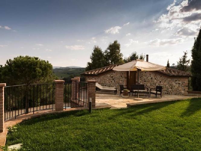 Prezzi e alloggi agriturismo terra antica agriturismo a montepulciano siena - Agriturismo villa bagno ...