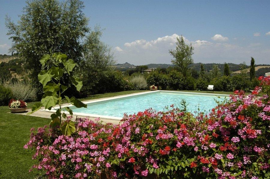 Agriturismo relax in casale rustico in toscana con piscina a cetona siena toscana - Agriturismo con piscina trentino ...