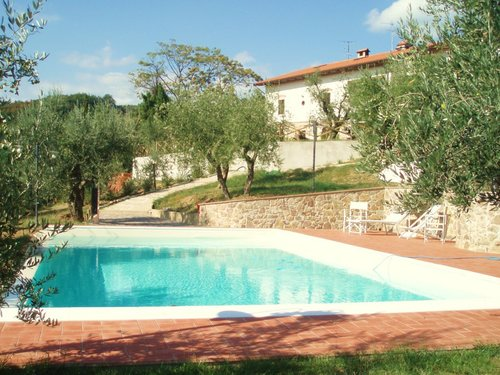 Apartments with swimming pool in the relax of the Tuscan hills - Larciano