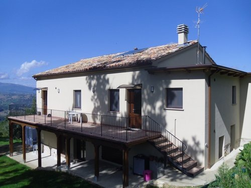 Amargi: B&B and apartment overlooking the Sibillini Mountains - Smerillo