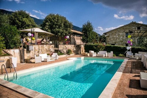 Charming farmhouse with pool and olive grove - Assisi